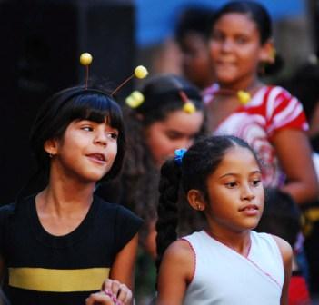 Little bees, photo by Caridad