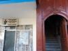 a-la-izquierda-de-la-entrada-del-edificio-la-oficina-de-atencion-a-la-poblacion