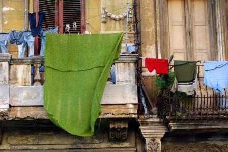 Havana clothes lines.  Photo: Caridad
