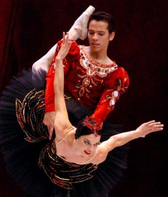 Ballet at the Grand Theater of Havana – Photo: Caridad