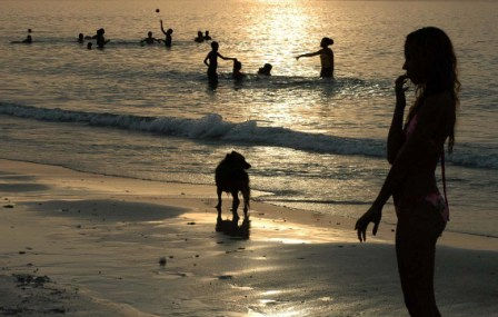 Beach near Guanabo, Havana. Photo: Caridad