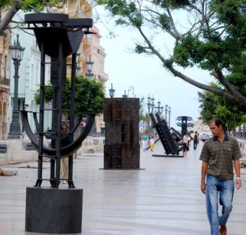 Sculptures on the Prado Esplanade during the 10th Havana Art Biennial, photo: Caridad