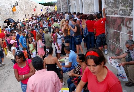 Cubas amazing book fair. Photo: Caridad