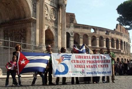 September 2008 - Italian supporters of the Cuban 5 protest outside of the coliseum in Rome calling for their release on the 10th anniversary of their incarceration
