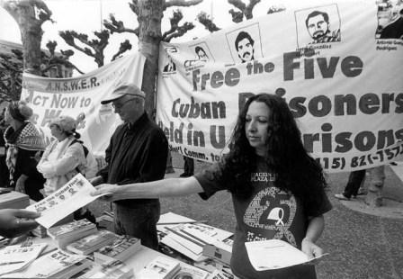 April 2002 - literature table for the freedom of the Cuban 5