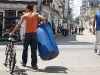 0006 Transporting water in Havana where in many neighborhoods there are often shortages.