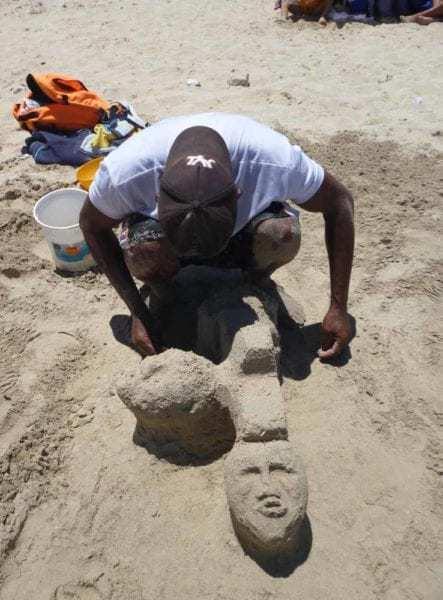 Escultura-en-arena