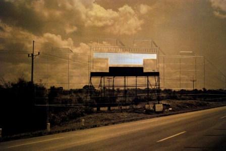 Billboard message by Carlos Garaicoa. Photo: Caridad
