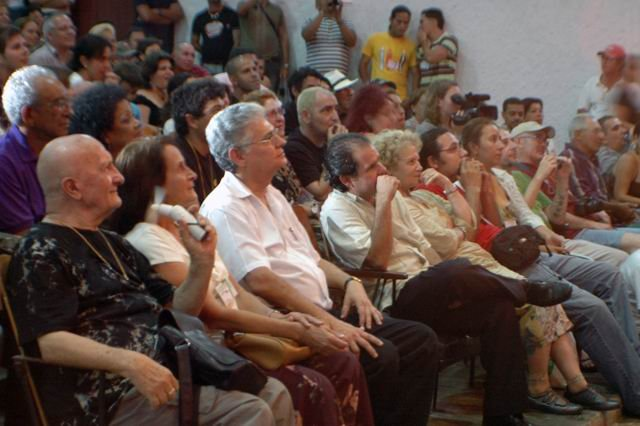Opening of Low-Budget Film Festival in Gibara, Cuba. Photo: Amauris Betancourt, www.radioangulo.cu