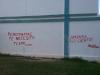 Grafiti en una escuala primaria, en Alamar