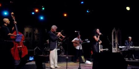 Laure Donnat in Havana with Bobby Carcasses (trumpet), Emilio Morales (piano), Chino Verdecia (guitar), Frank Rubio (bass) and Ruy Lopez-Nussa (drums).