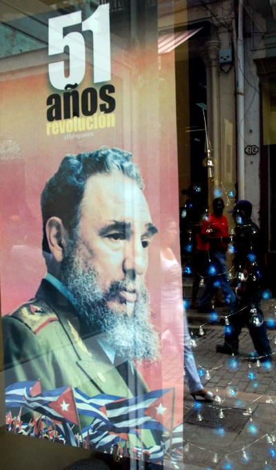 Poster of Fidel Castro marking the 51st anniversary of the Cuban Revoluton.  Photo: Caridad