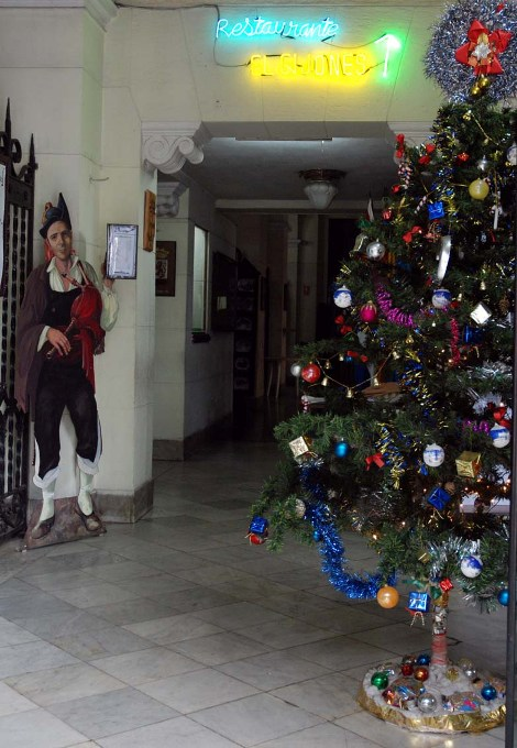 Christmas Tree at Havana Restaruant.  Photo: Caridad