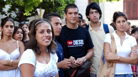 Cuban university students.  Photo: Caridad