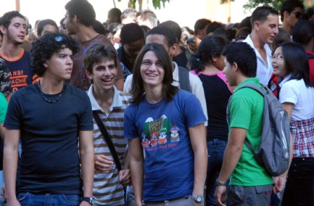 Cuban university students.  Photo: Caridad