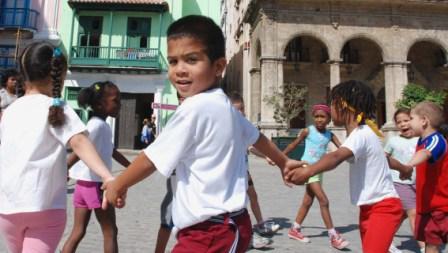 Cuban School Children.  Photo: Caridad