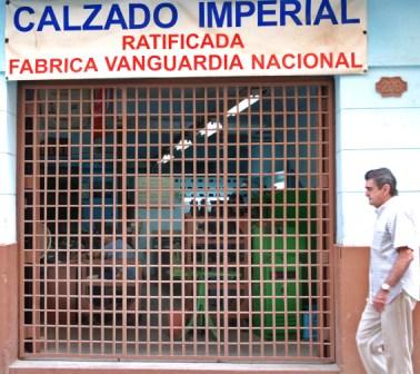 A Shoe Factory in Havana – photo: Caridad