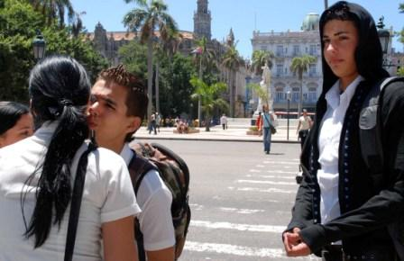 Young Cubans at Central Park in Havana.  Photo: Caridad
