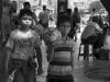 niños en avenida sucre