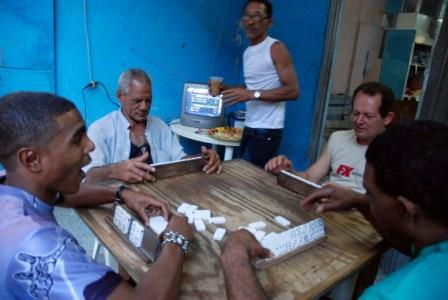 Cubans Playing dominoes.  Photo: Caridad