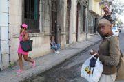 watching-the-street-scene