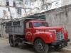 camion-internacional-en-la-habana-vieja