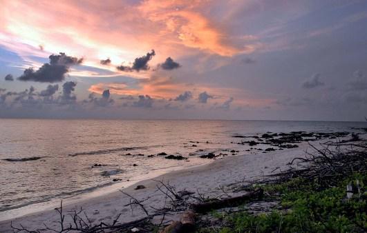 Cuban beach sunset.  Photo: Caridad