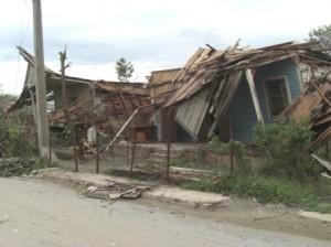 half a million houses were destroyed or damaged