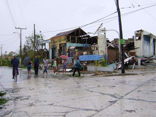 Banes after the hurricane, photo from Juventud Rebelde Newspaper