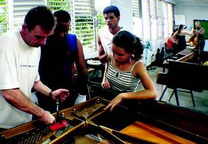 Piano Tuner Ciaran Ryan in Havana