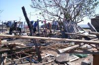 Remains of coastal homes in La Playa (photo by Raquel Sierra)
