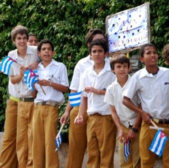 Cuban students welcome the Liberty Caravan