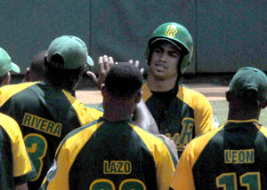 Rafael Vales drove in all of Pinar's three runs in the win over Habana.