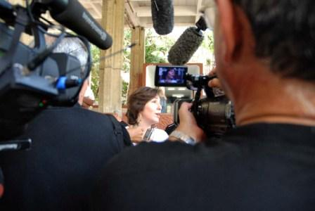 Mariela Castro Espin talks with the press. Photo: Caridad