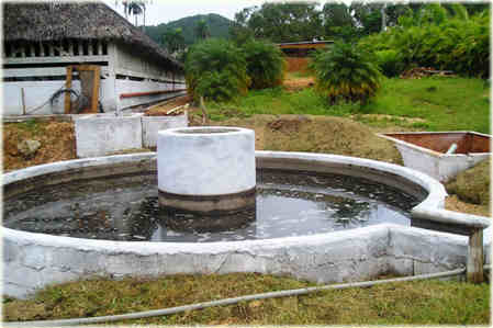 Biogas digester, photo: Cubasolar