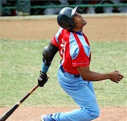 Yoelvis Fiss drove in two runs in Cuba's win over Japan. Photo: Ricardo Lopez Hevia