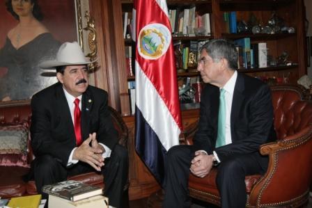 Manuel Zelaya and Oscar Arias, photo: Costa Rican Presidency