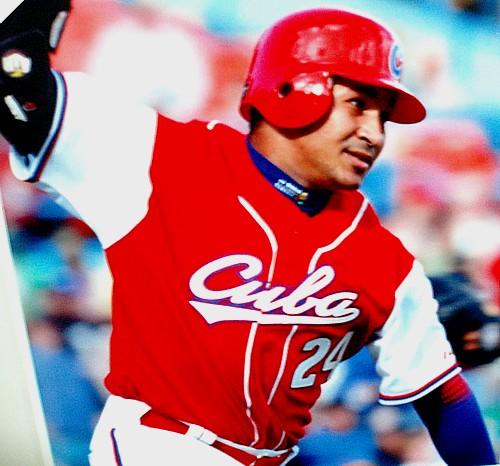 Freddie Cepeda replaces Eduardo Paret as the new Team Cuba captain.  Photo: www.baseballcuba.com