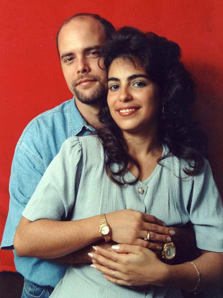 Gerardo Hernandez and his wife Adriana Perez just prior to his arrest for conspiracy to commit espionage in June 1998. The couple has not seen each other since.
