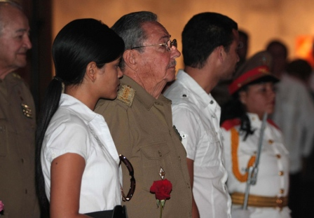 President Raul Castro with Juan Almeida's children Diana and Juan Guillermo. Photo: Cuban News Agency
