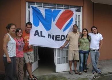 NO to Fear!  Along with my comrades at Sabanilla de Montes de Oca, September 2007.