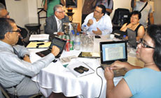 Honduras talks on October l5, photo: Giorgio Trucchi, rel-UITA