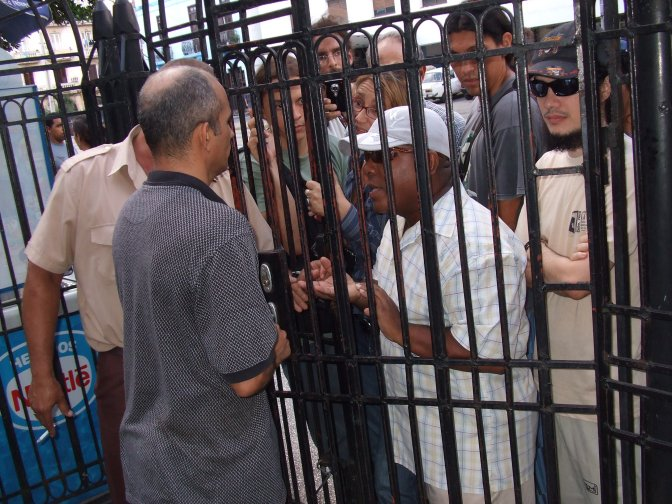 Outside the gates for 'Temas' Forum.