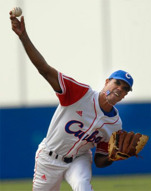 Miguel Alfredo Gonzalez, who pitched seven no-run innings Sunday to get the win.