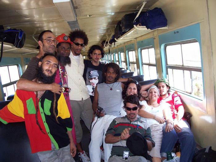 Omni Zona Franca members and collaborators.