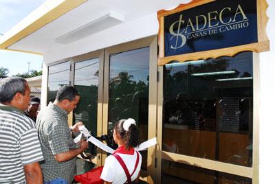 Cadeca money exchange. Photo: venceremos.cu