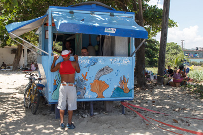 kiosk-on-the-beach