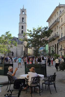 Tourists in Havana. Photo: Juan Suarez