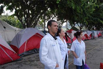 Cuban doctors in Venezuela.  Photo: Caridad