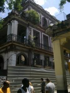Aqui estaba el Hotel Isla de Cuba.